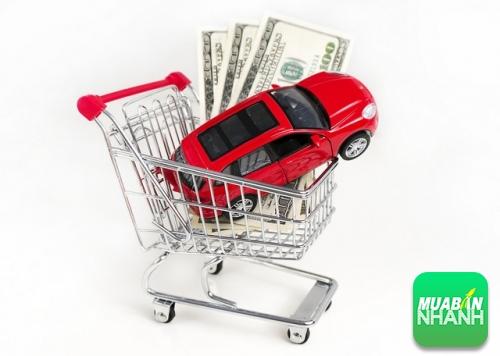 """3 """"mẹo"""" chọn ôtô tiết kiệm xăng, hợp túi tiền"""